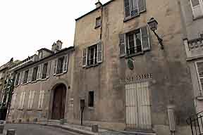 M: BB Chambres daposhtes La Maison de La - Paris